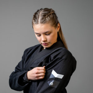 hyperfly bjj gi ladies hyperlyte 2.0 black white 3 scaled
