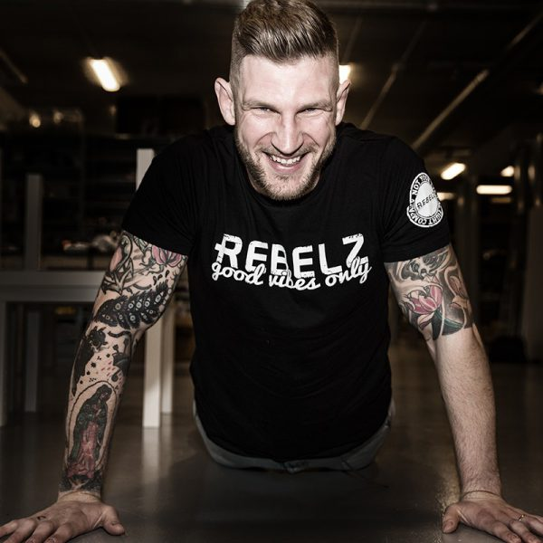 rebelz t shirt good vibes only 3