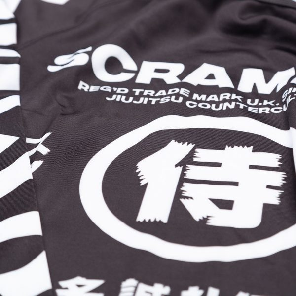 scramble rashguard shadows v2 4