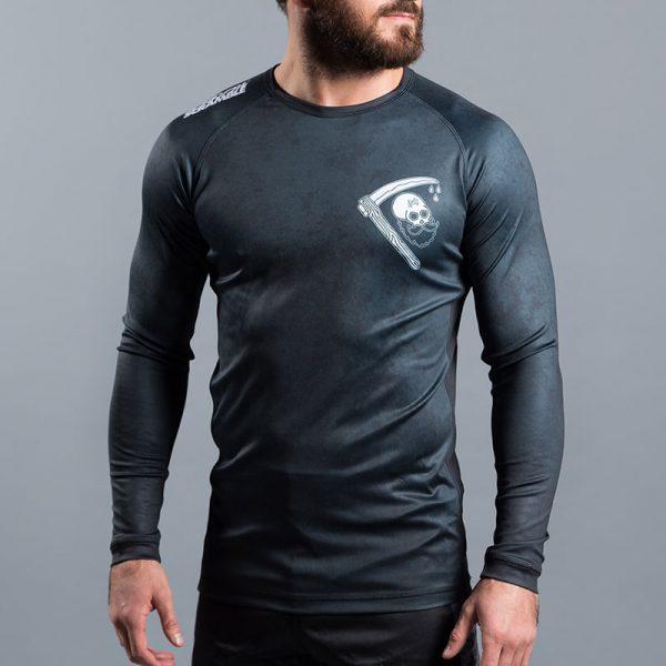 scramble rashguard strong beard 1