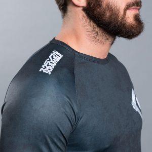 scramble rashguard strong beard 5