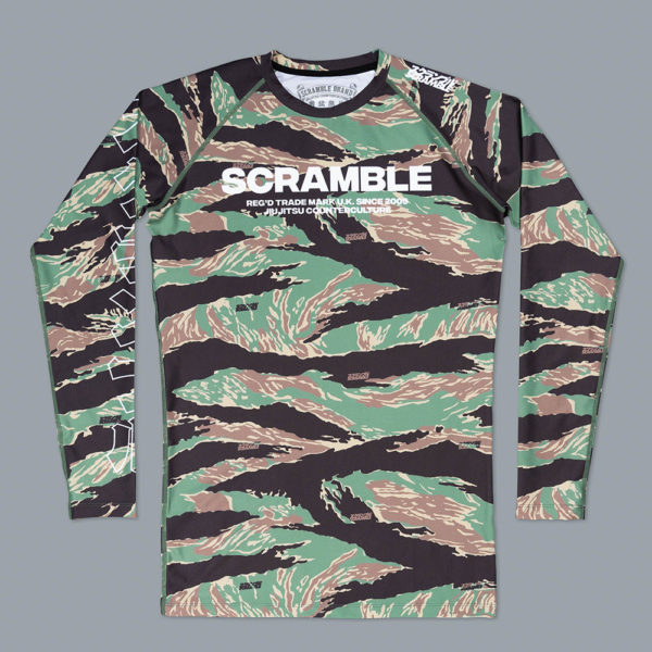 scramble rashguard base tigher camo 1