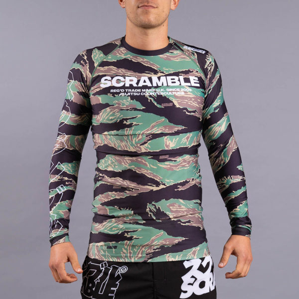 scramble rashguard base tigher camo 2
