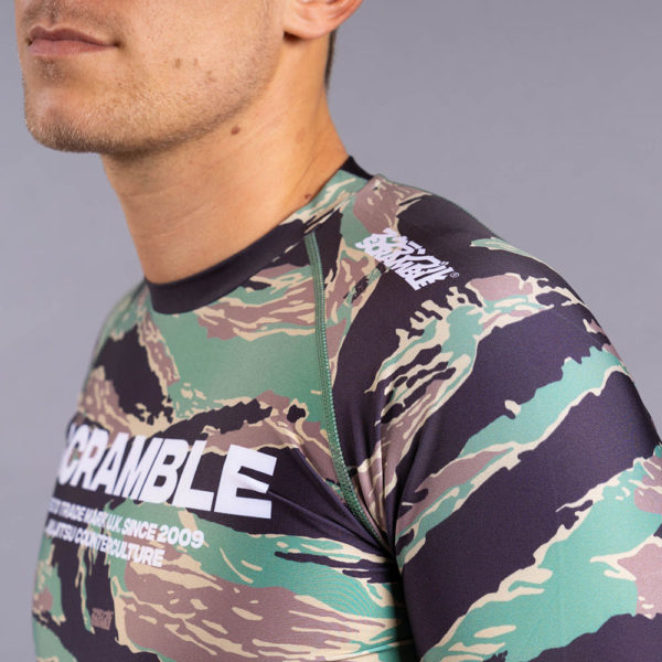 scramble rashguard base tigher camo 4